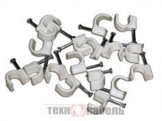 Пластиковые скобы для крепления кабеля